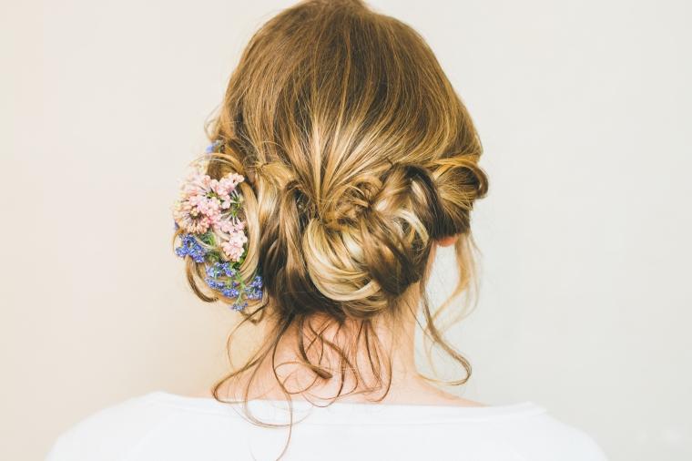 lescheveuxdezoe-salon-de-coiffure-bavay-mariage-brushing-champetre-fleurs (17)