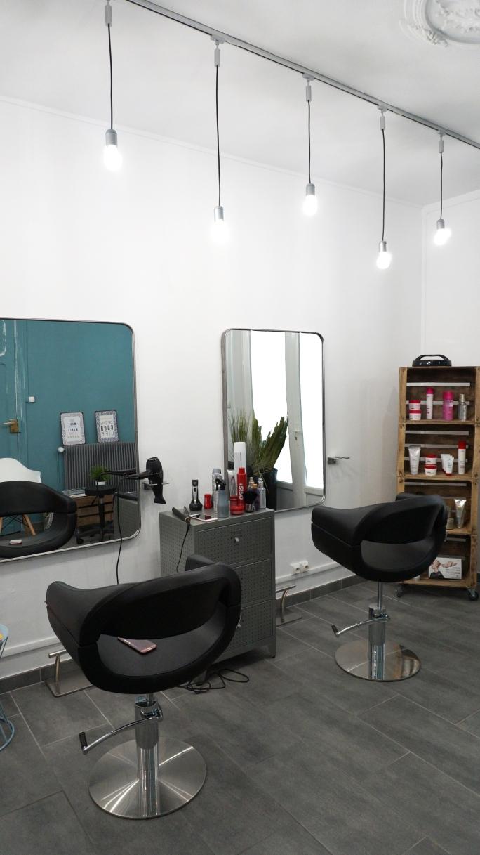 lescheveuxdezoe-salon-de-coiffure-bavay-nord-moderne-coiffeur-deco (2)