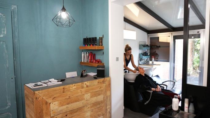 lescheveuxdezoe-salon-de-coiffure-bavay-nord-moderne-coiffeur-deco (3)